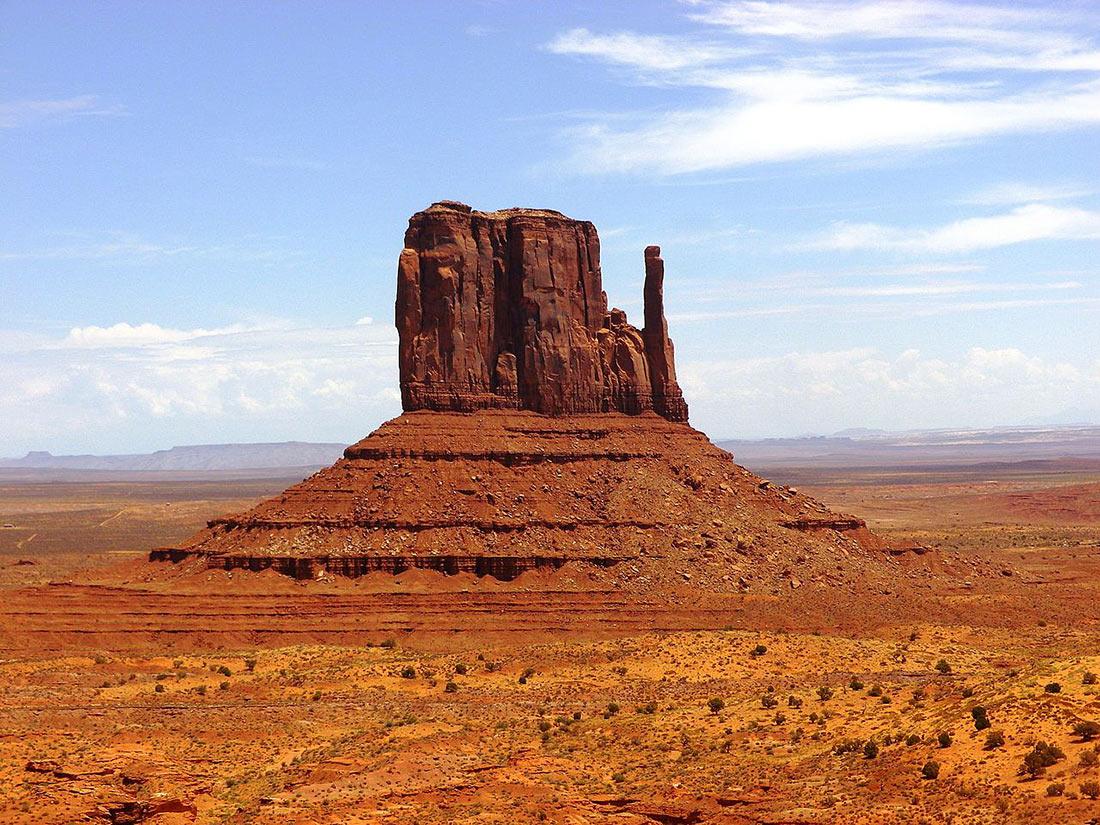 Долина монументів