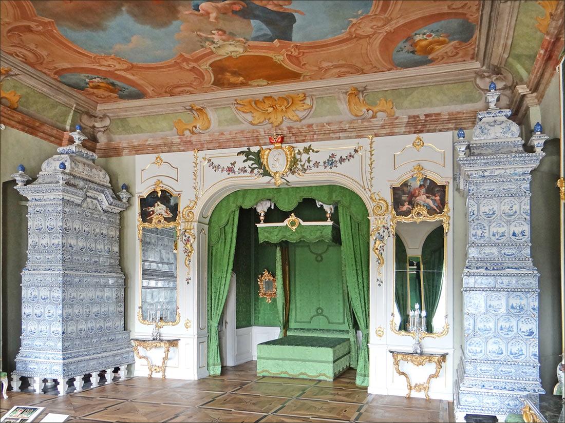 Рундальський палац