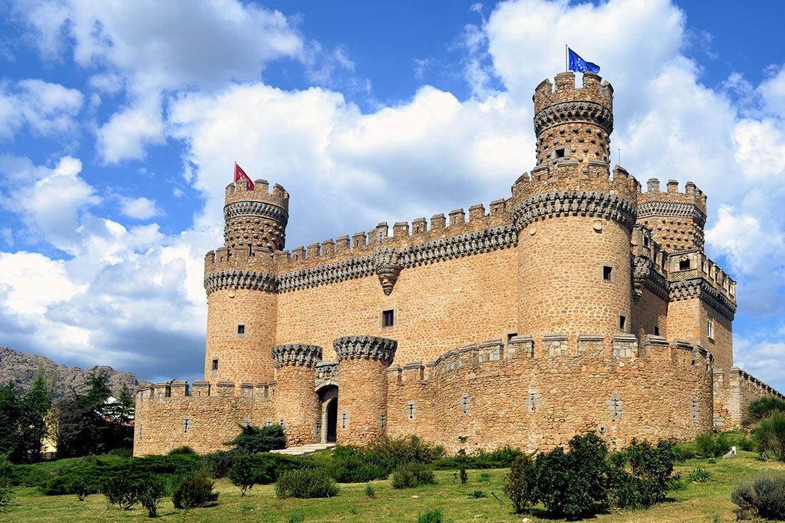 Замок Мансанарес-ель-Реал