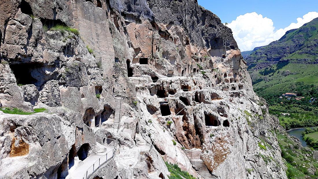 Печерний монастир Вардзіа