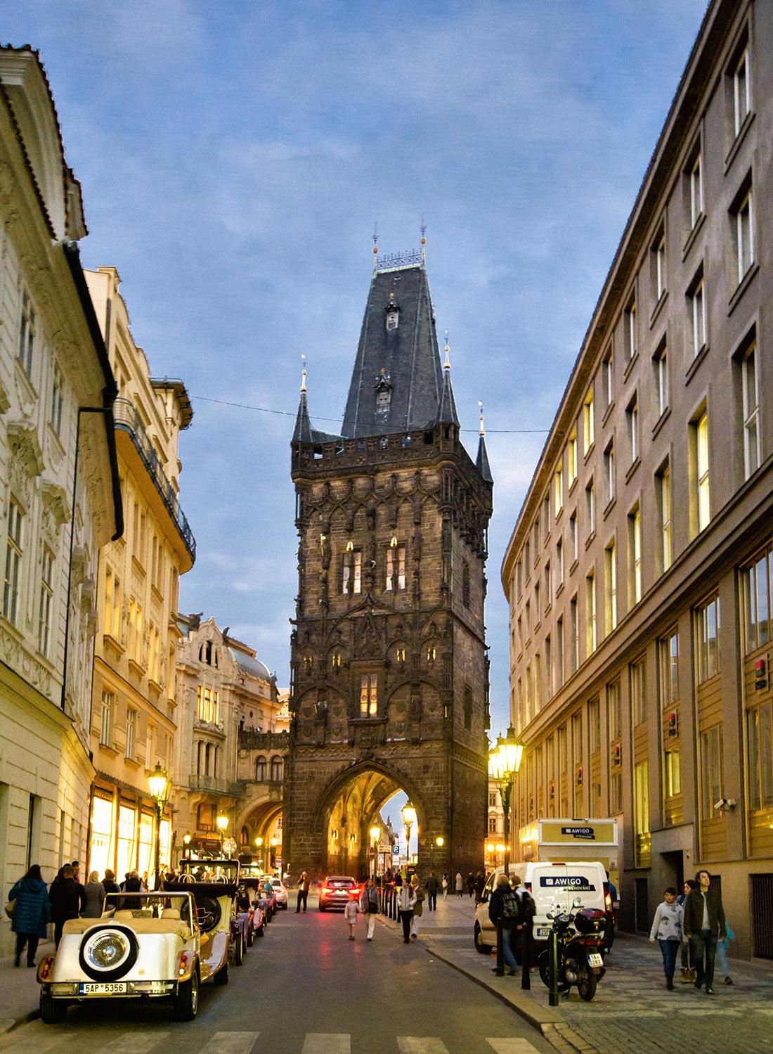 Порохова вежа в Празі