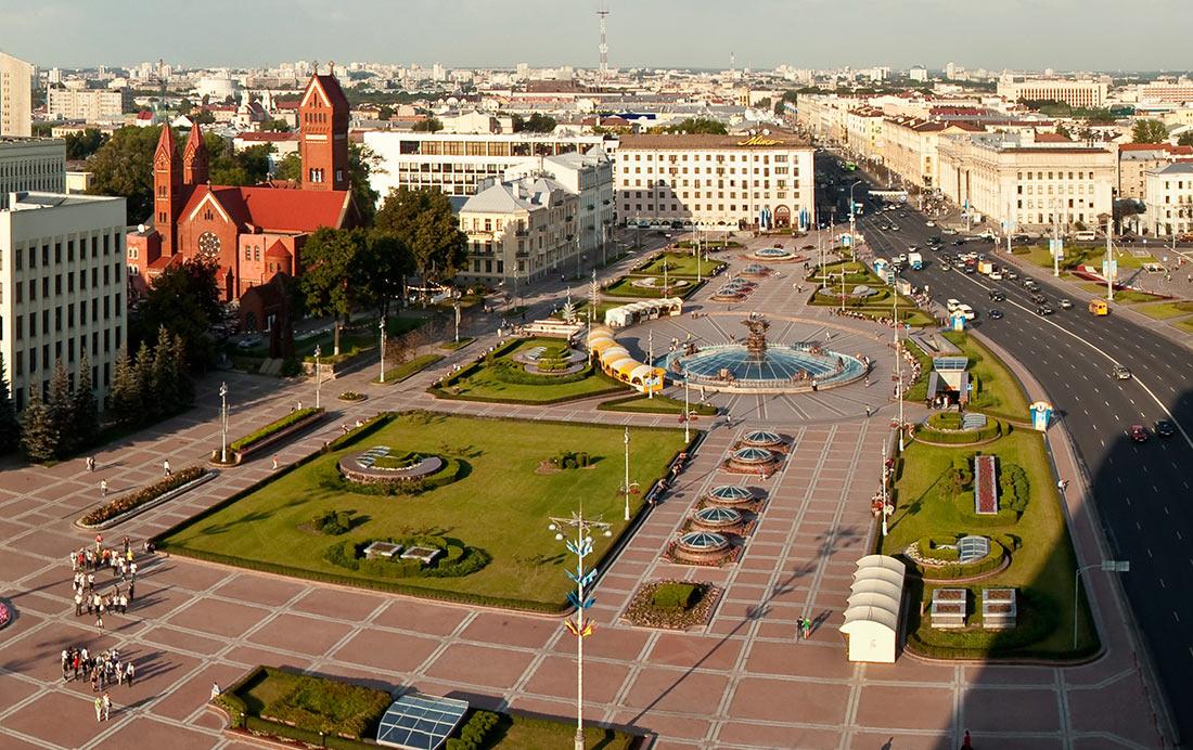 Площа Незалежності в Мінську
