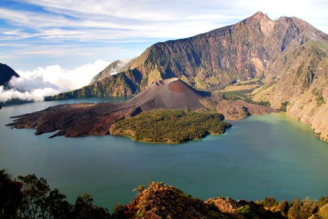 вулкан Ринджані