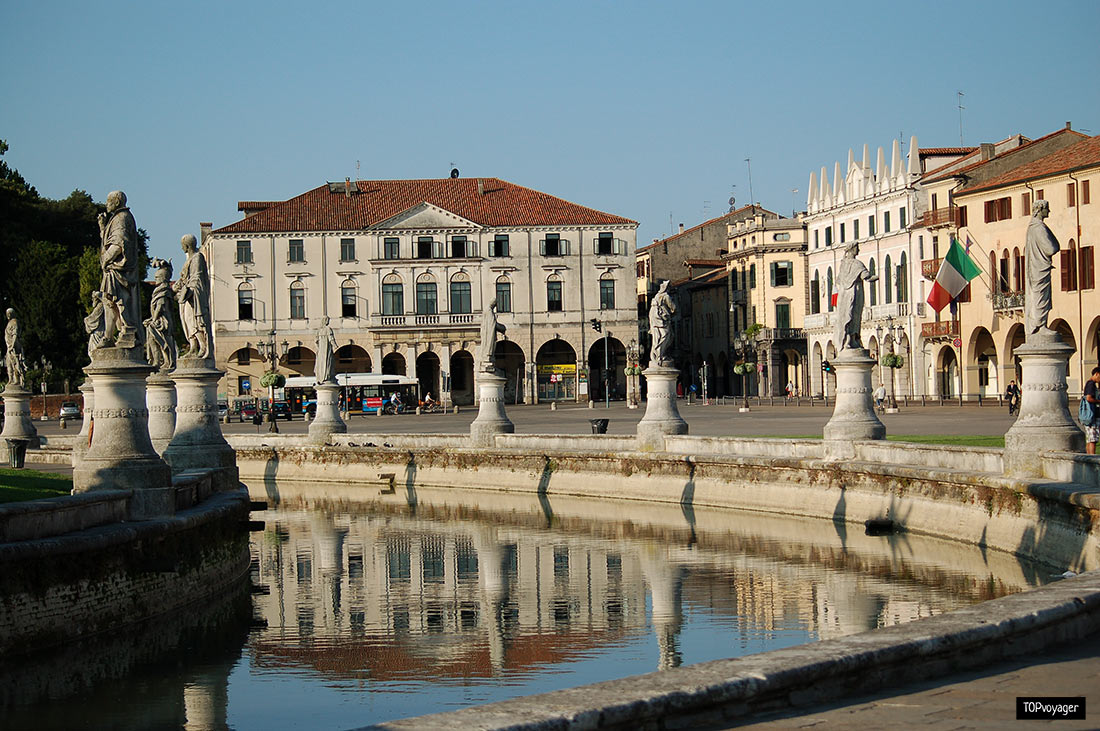 Площа Прато-делла-Валле