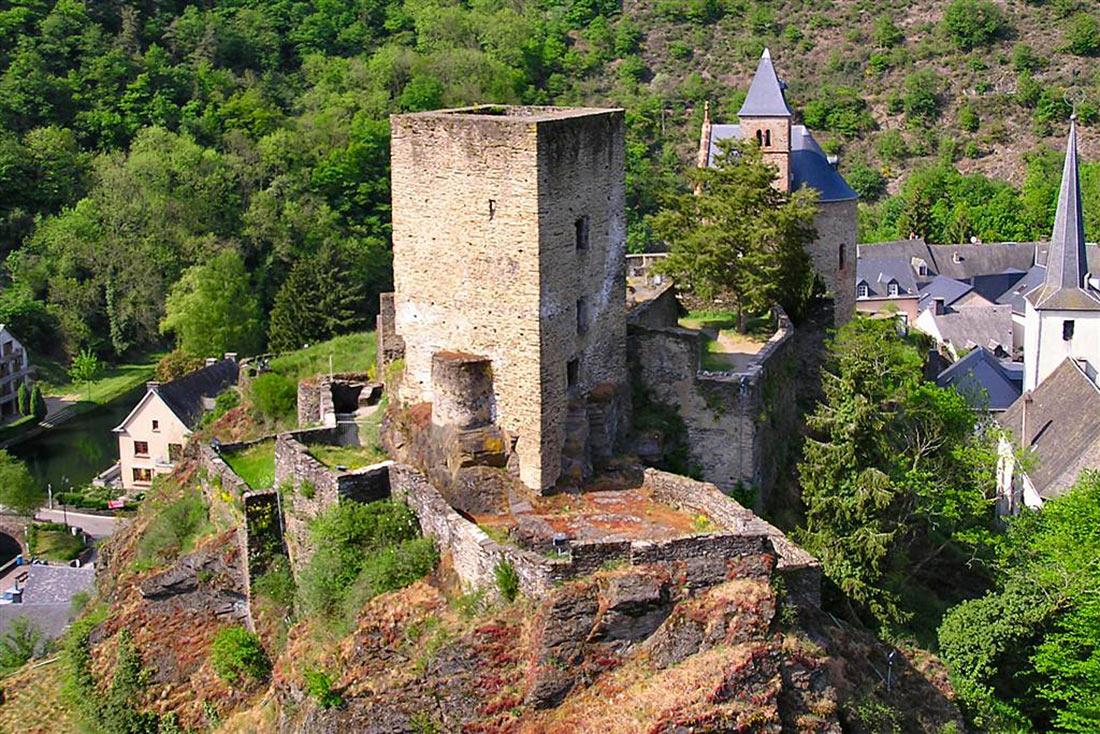 Замок Еш-сюр-Сюр
