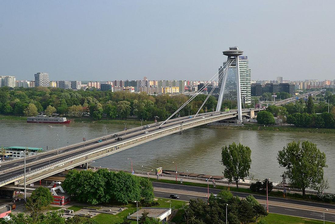 смотровая площадка НЛО в Братиславе