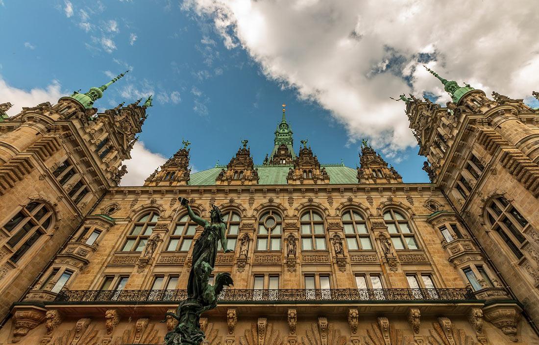 Гамбурзька ратуша