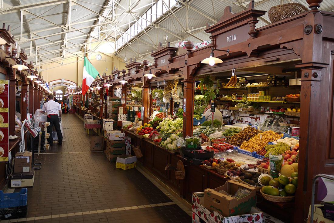 Старий критий ринок у Гельсінкі